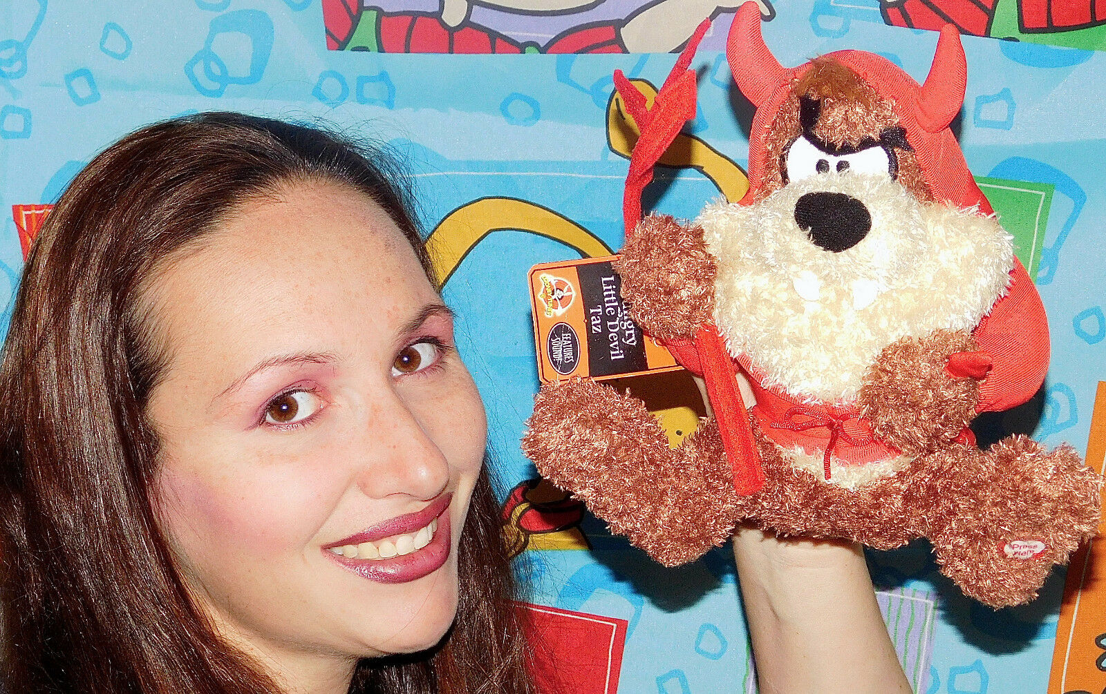 Hallmark WB Looney Tunes Talking TAZ I DEVIL COSTTUME Plush STUDERAD DJURleksak