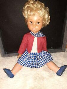 Braune haare augen blonde mädchen Mädchen Schwarze