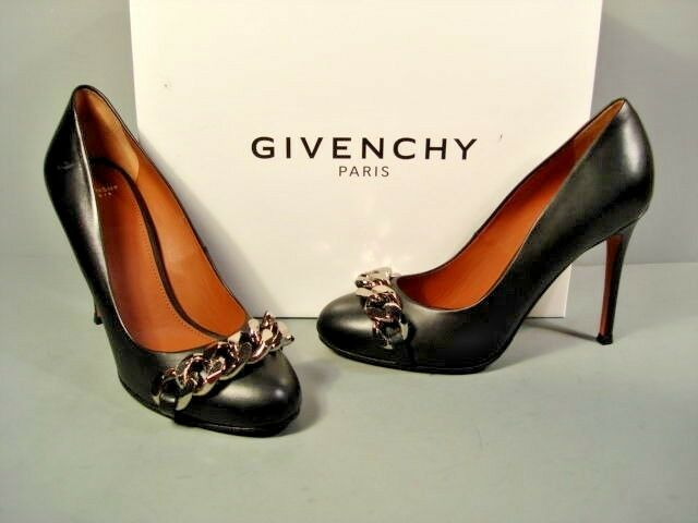 GIVENCHY CLASSIC BLACK LEATHER ROUND TOE SILVER CHAIN PUMPS HEELS 36 6 NEW