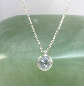 wholesale price tiny cubic zirconia pendant with sterling
