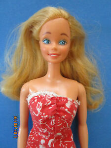 fe7c637455cd22 B26-ALTE BLONDE BARBIE MATTEL PHILIPPINES ALTES ROT-WEISSES VINTAGE ...