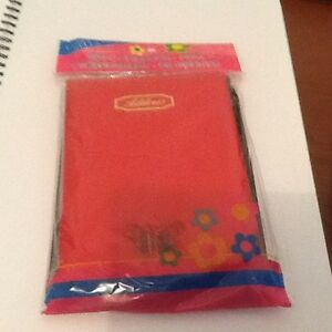 SOFT-COVER-RED-ADDRESS-BOOK-WITH-PEN-BRAND-NEW-IN-PACKET
