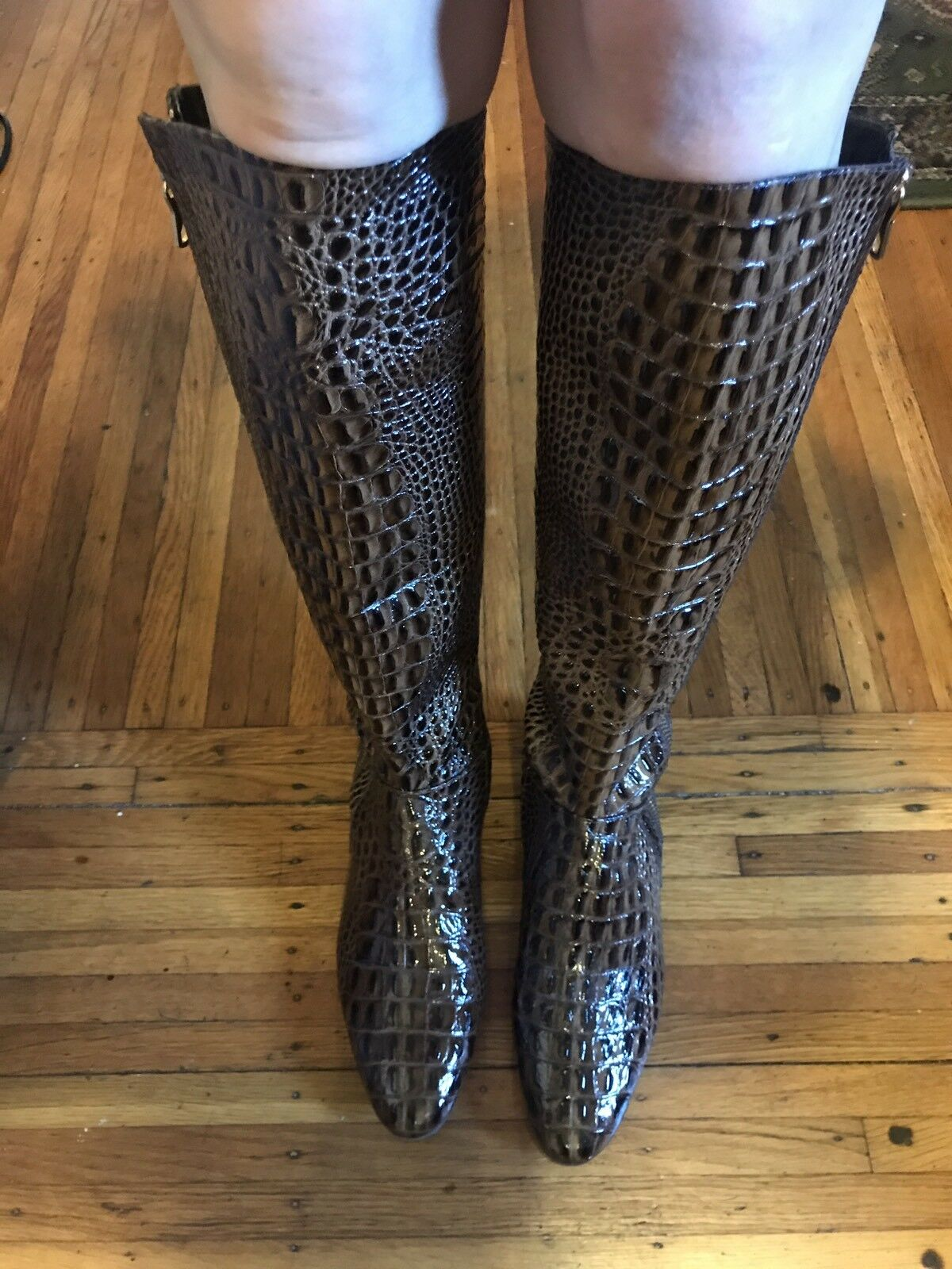 BCBG MAXAZRIA CROC EMBOSSED PATENT LEATHER FLAT KNEE HIGH BOOTS SIZE 6 1/2 $695