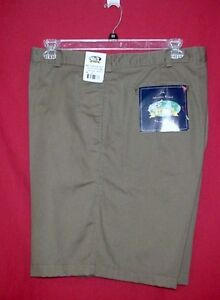 CLIPPER FLAT FRONT OLIVE GREEN KHAKI DRESS SHORTS-$48           52 X 7.75