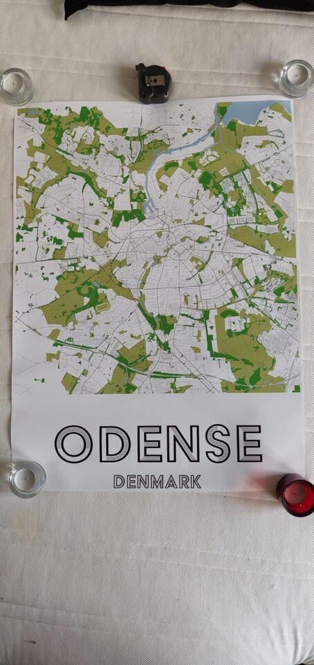 Høj glans grafisk tryk, motiv: Farverige Odense by med