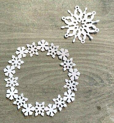 D.9cm, Simplelettering Stanzschablone Cutting Dies Schneeflocken Kranz Eisblumen Eiskristalle