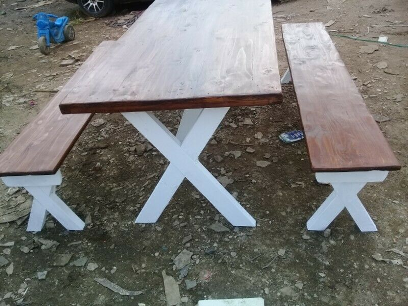 X-LEGS TABLES AND BENCHES SETS