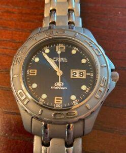 MENS-FOSSIL-BLUE-TITANIUM-BLUE-DIAL-CHRONOGRAPH-WATCH-TI-5001