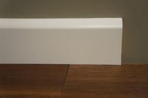Fussleisten-Paket-Sockelleisten-Birke-15x70mm-kein-MDF-weiss-lackiert-RAL-9010