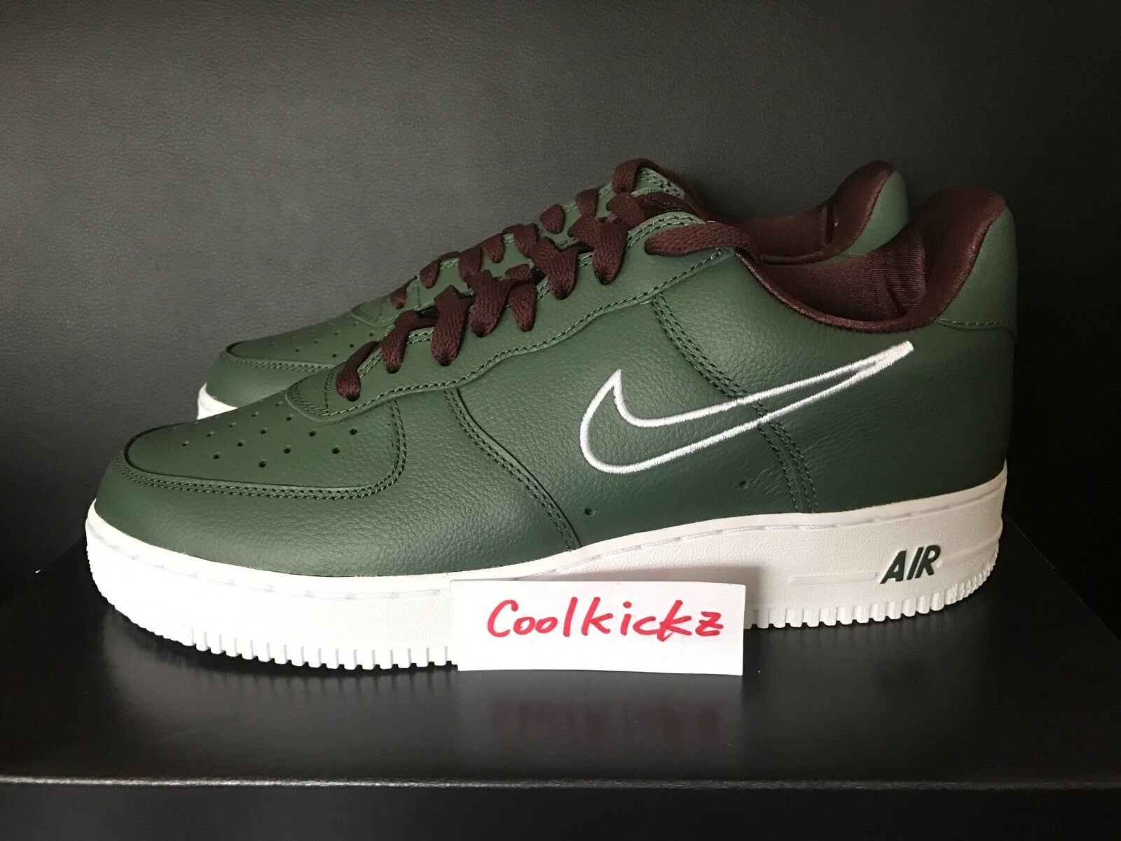 SHIP NOW Nike Air Force Force Force 1 Low Retro Hong Kong 8-13 Deep Forest blanc 845053-300 8e0a83