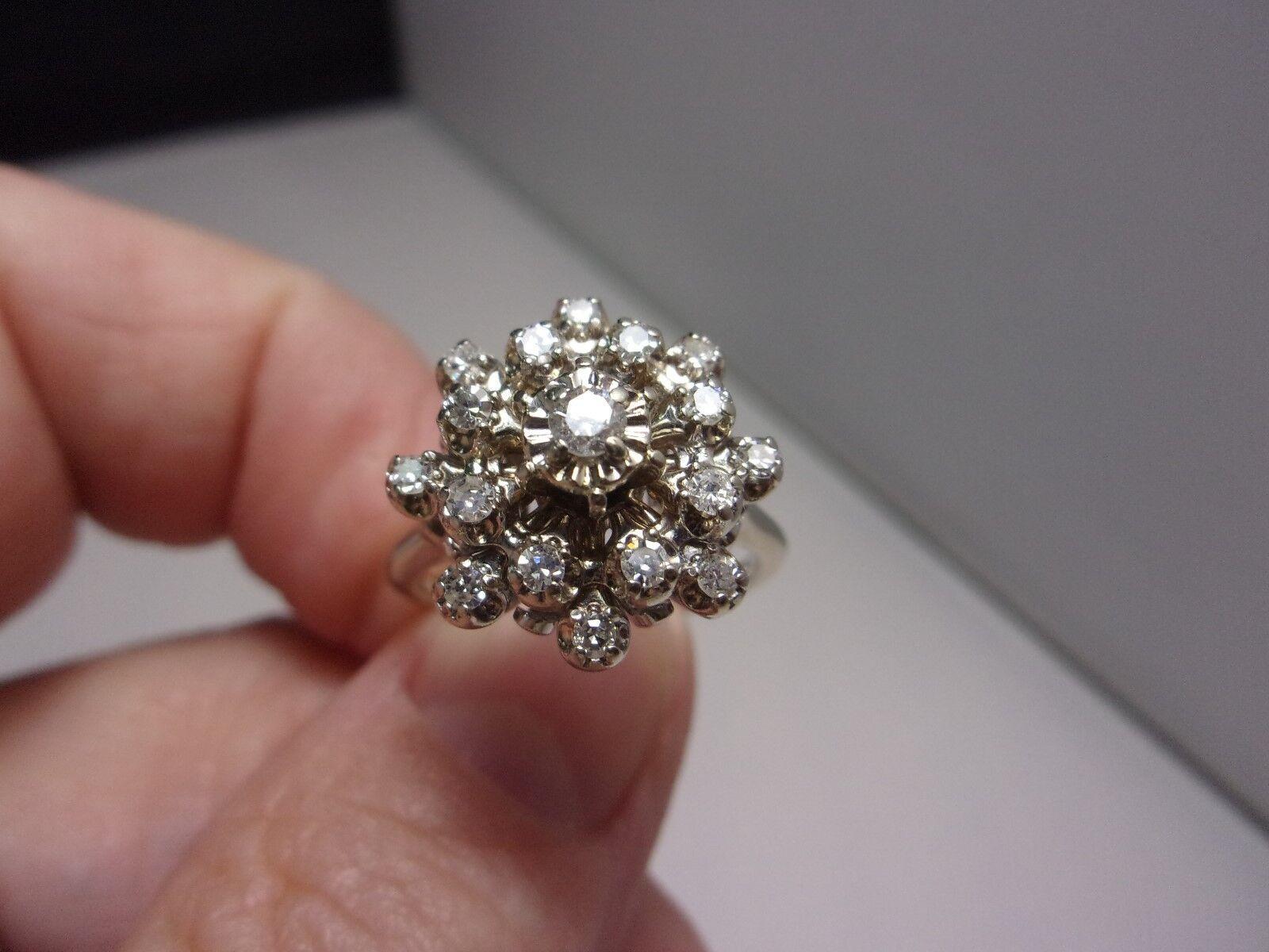 Diamond Cluster Ring 14K White gold