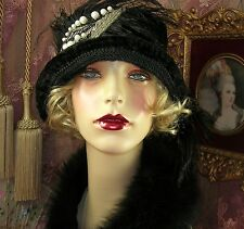 1920'S STYLE VINTAGE BLACK VELVET BEADED APPLIQUE FEATHER CLOCHE FLAPPER HAT