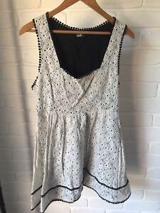 White-Lace-Dotti-Dress-Black-Edge-Detail-Size-14-A-Line-VGC