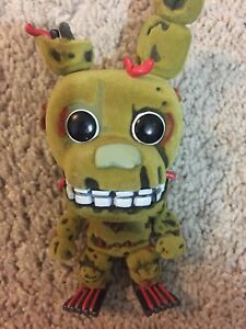 Funko-Five-Nights-At-Freddy-s-Flocked-Pop-Vinyl-Figure-Springtrap-Collectables