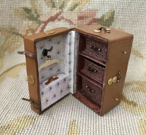 Pat Tyler Dollhouse Miniature Smer Trunk Bag Luggage Case p905
