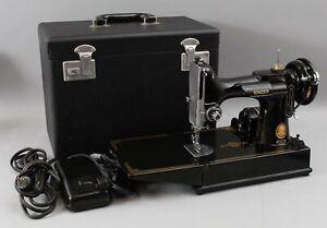 Vintage 1953 Singer 221-1 Featherweight Sewing Machine w/ Accessories Hard Case