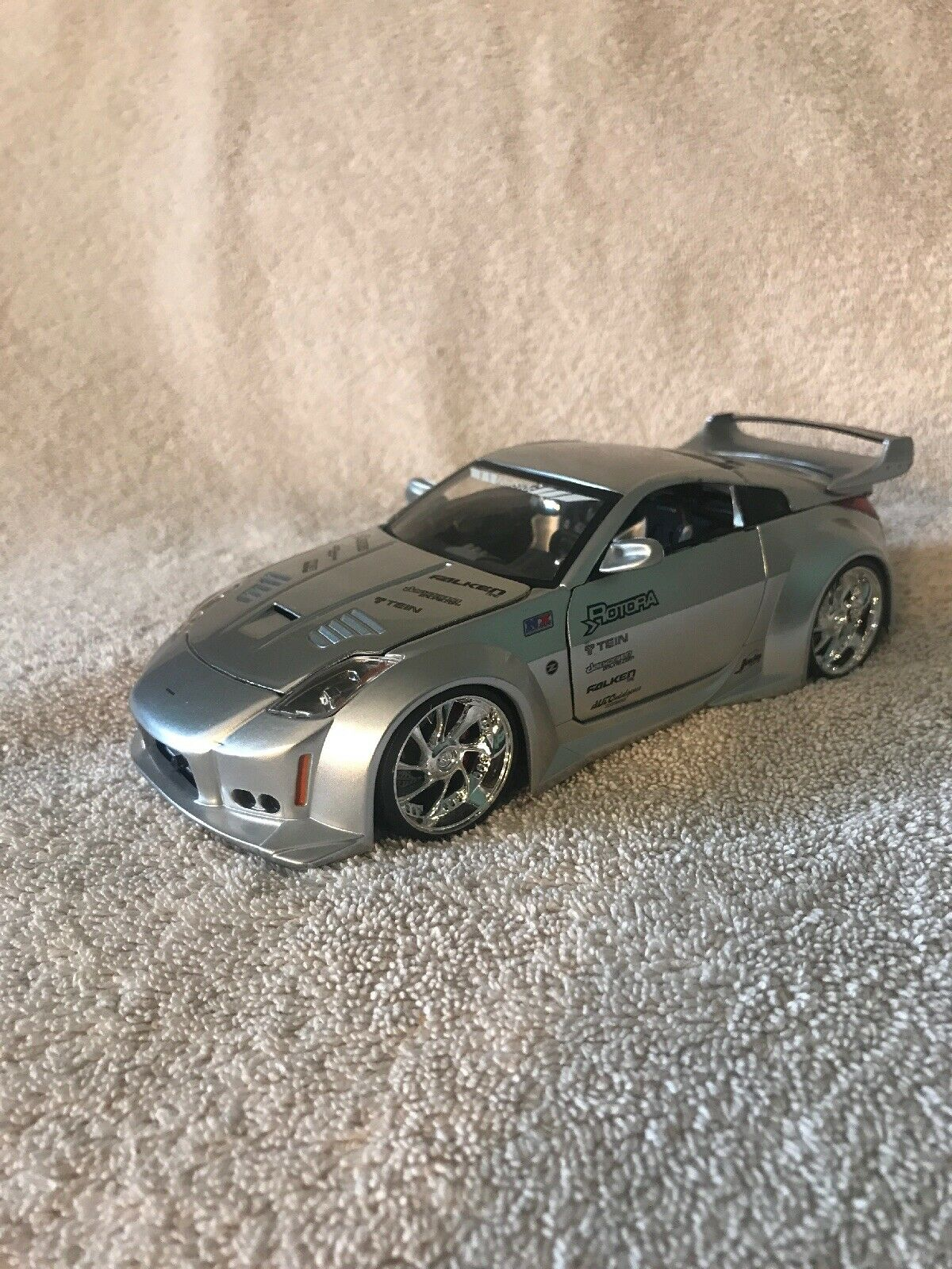 Jada giocattoli Import Racer 1 24 DIE CAST NISSAN Z argentoo  509909 molto difficile da trovare  greadt auto