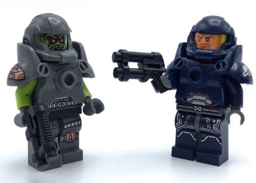 LEGO LOT OF 2 SERIES SPACE MAN /& ALIEN MINIFIGURE CMF COLLECTIBLE FIGURE W// GUNS