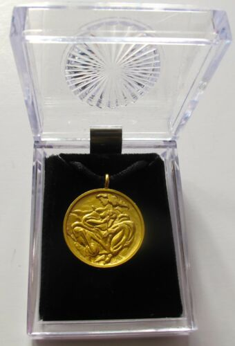 """LINDA LE KINFF /""""WOMAN/"""" Signed Gold Medallion Necklace Jewelry Pendant"""