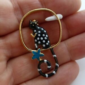 Cute-cat-brooch-black-white-spotty-enamel-kitty-cloud-flower-vintage-style-pin