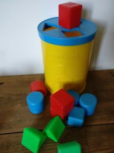 Vintage-Fisher-Price-Shape-Sorter-Building-Blocks-Toy-1970s