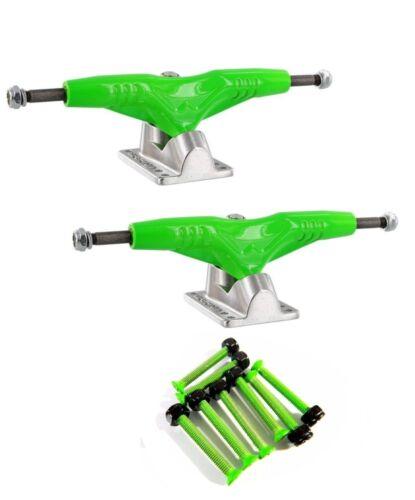 "Cal 7 Green 1.25/"" Hardware Set Gullwing Pro III 9/"" Green Skate Trucks Pair"