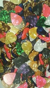 100-Guitar-Picks-Acoustic-Electric-Plectrums-Celluloid-Mixed-Assorted-Colors