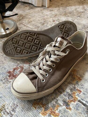 • Vintage Brown Converse Chuck Taylor, All Star Lo