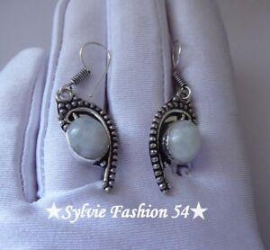 Belles-Boucles-d-039-oreilles-argent-plaque-925-poincon-decorees-Pierre-de-lune