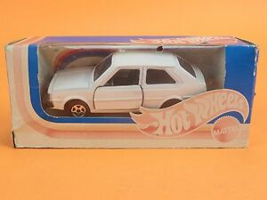 MATTEL-1-43-HOT-WHEELS-A130-A-130-VOLVO-RALLY-IN-BOX-OG3-023
