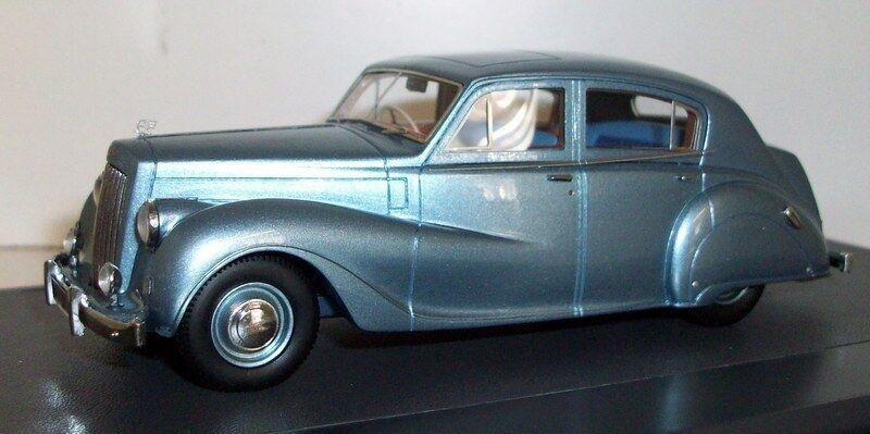 Matrix 1 43 Scale resin - MX42101-021 Austin A135 Princess II DS3 VP 1960 bluee
