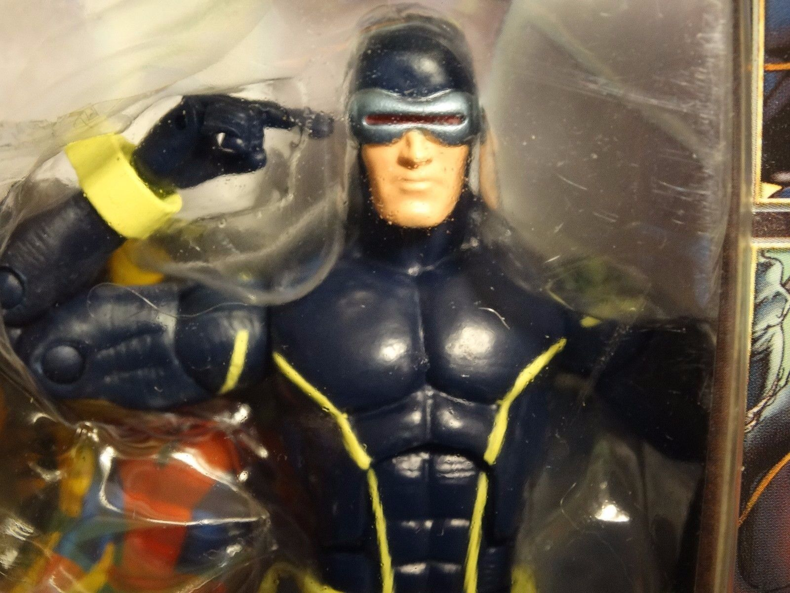 Hasbro Marvel Legends ASTONISHING CYCLOPS -- mip   BROOD wave   X-men