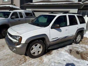 2002 Chevy Trailblazer. NEW Winter Tires