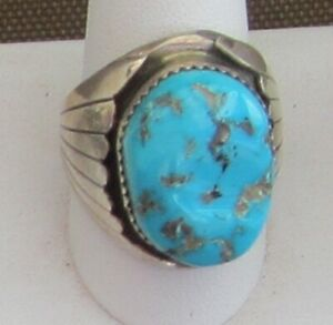 Large-and-impressive-Blue-Turquoise-Cab-Set-in-Sterling-Size-10-3-4-Men-039-s-Ring-1