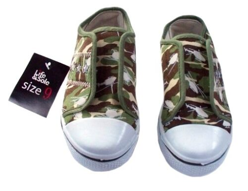 QUALITY BOY/'S SLIP ON SHOES WITH CAMOUFLAGE PRINT/&EMBROIDERY SIZE KIDS UK6,7.8
