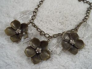 VCLM-Brasstone-Rhinestone-Chunky-Acrylic-Bead-amp-Flower-Necklace-C75