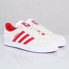 Adidas Gazelle sz. 10 Legacy/Light Scarlet/White Mens