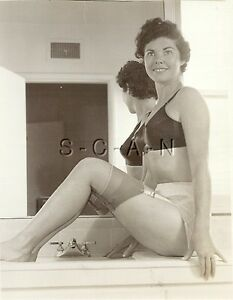 1940s women in stockings sex images recommend