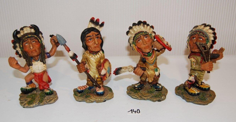 C140 4 figurines indiennes - tribales - résine - collection