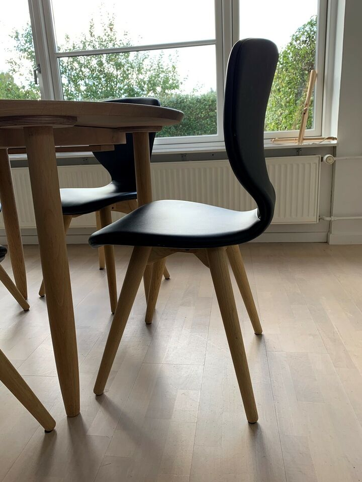 Spisebord, Sæbebehandlet eg, Haslev 897