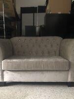 Beige Sofa Buy And Sell Furniture In Toronto Gta Kijiji Classifieds