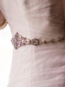 e66d85c52bc Image is loading Victorian-Bridal-Brooch-Art-Deco-Bustier-Wedding-Dress-