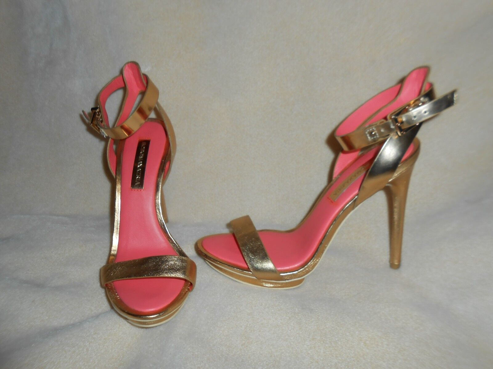 BCBG MAX AZRIA WOMAN'S BR HED GOLD SIZE w/ GOLD ANKLE STRAP PUMP SIZE GOLD 7 1/2 B aadf07