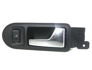 VW-Golf-4-Tuergriff-chrom-innen-vorne-rechts-3B1837114-mit-Fensterheber-Schalter