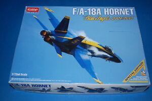"Academy 12424 - F/A-18A Hornet ""Blue Angels 2009/2010"" scala 1/72 - Italia - Academy 12424 - F/A-18A Hornet ""Blue Angels 2009/2010"" scala 1/72 - Italia"
