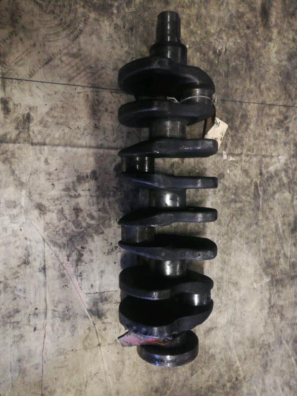 Isuzu 4ZD1 crankshaft