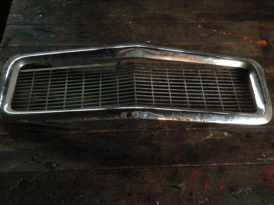 Kølergrill, Volvo 544