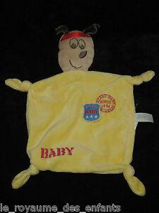 Doudou-plat-Chien-marron-et-jaune-Baby-by-Veti-35-cm-4-noeuds