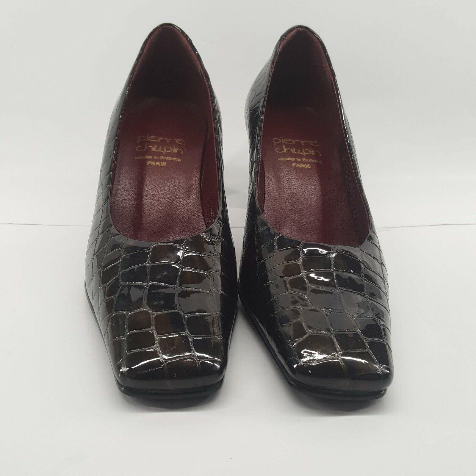 economico in alta qualità PIERRE CHUPIN Ladies Court scarpe scarpe scarpe Marrone Croc Print Patent Leather Square Toe  risparmia fino al 50%