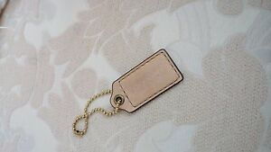 Coach-Vintage-Hang-Tag-Beige-3-inch-leather-logo